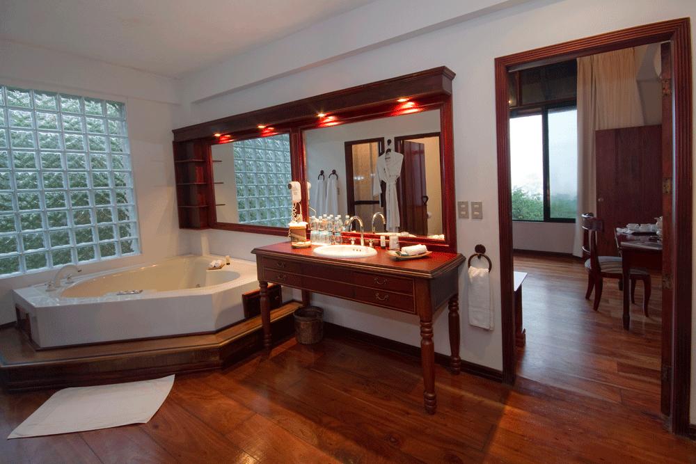 Highland Villa Bath