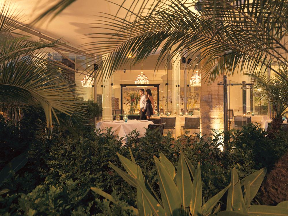 Tragaluz Restaurant