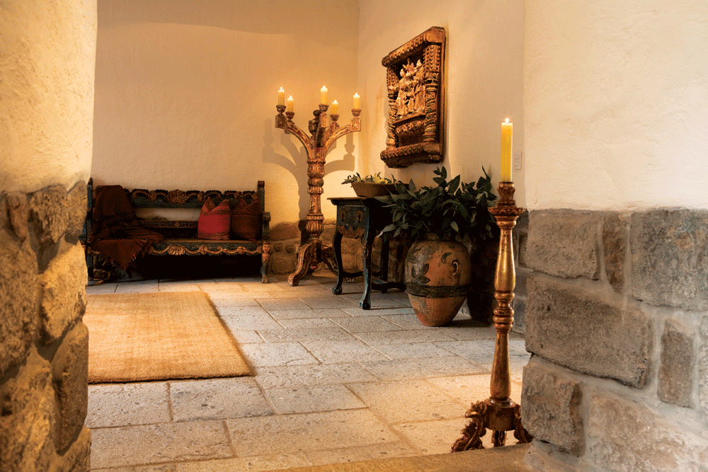 Colonial era furnishings