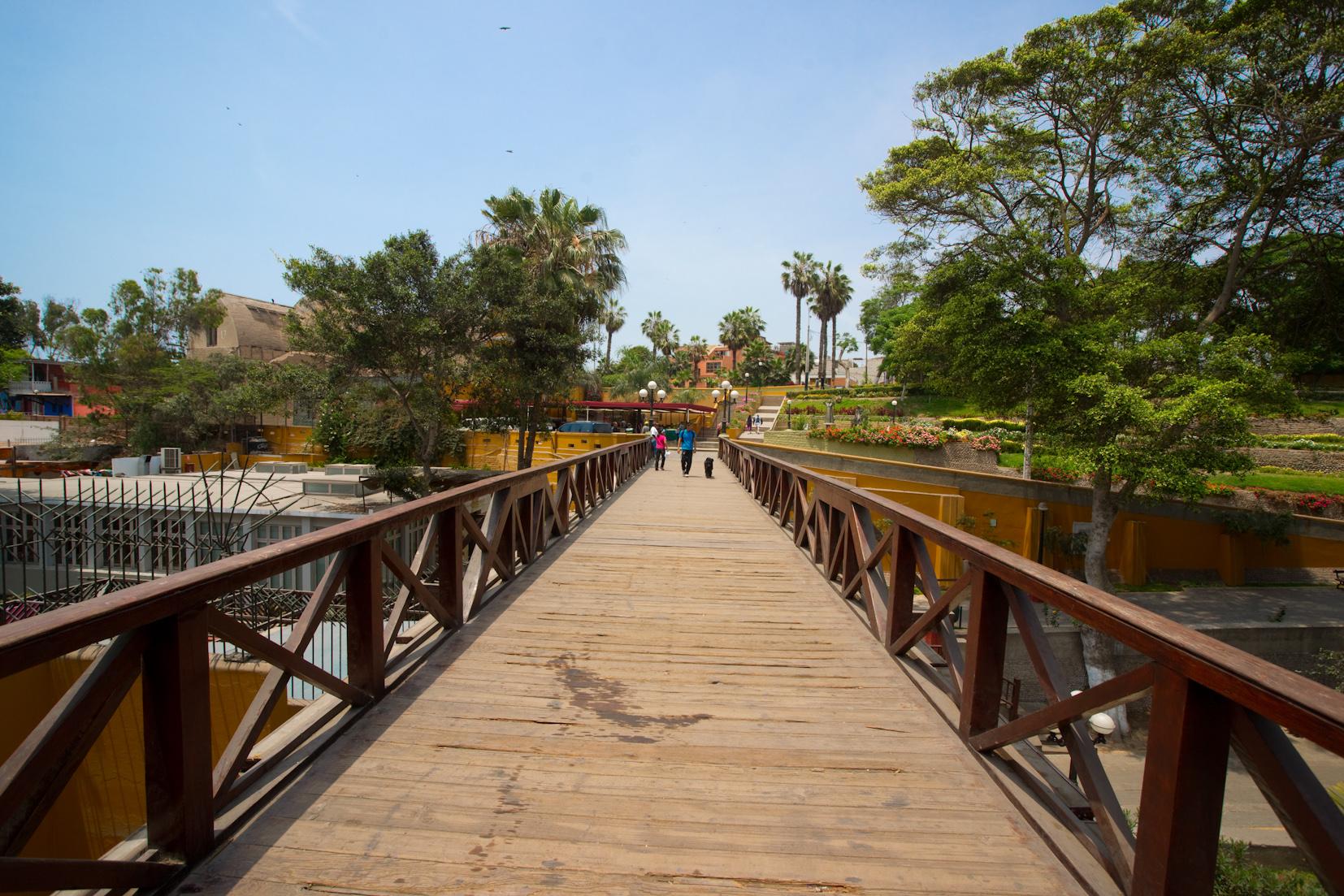 Barranco's Bridge of Sighs (photo: Hotel B)