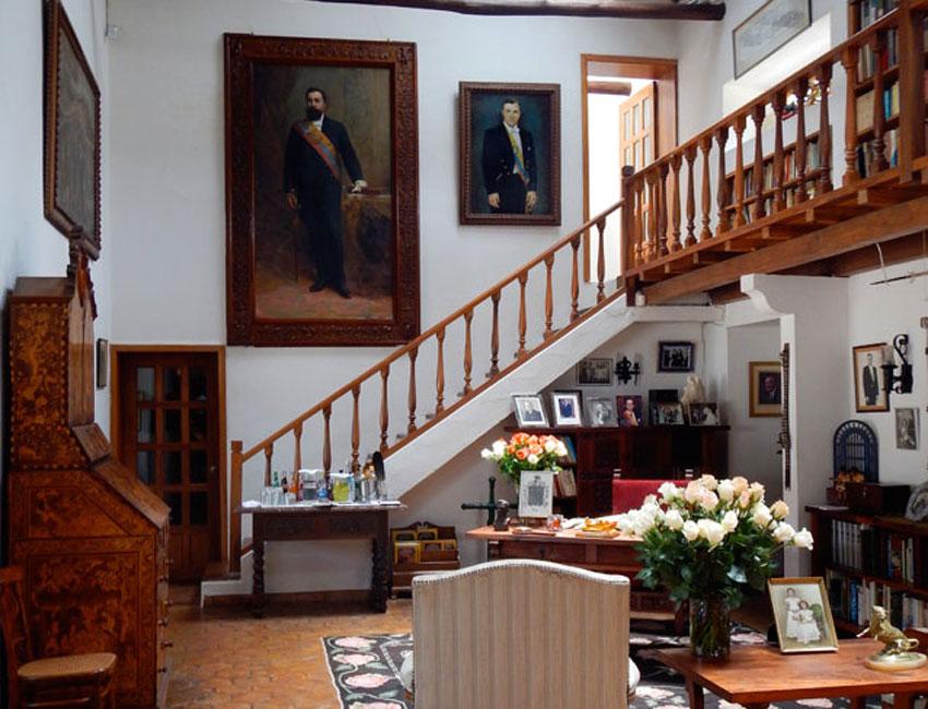 President Galo Plaza Lasso's private library