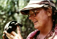 Dr. Linda Cayot.  Photo: Galapagos Conservancy
