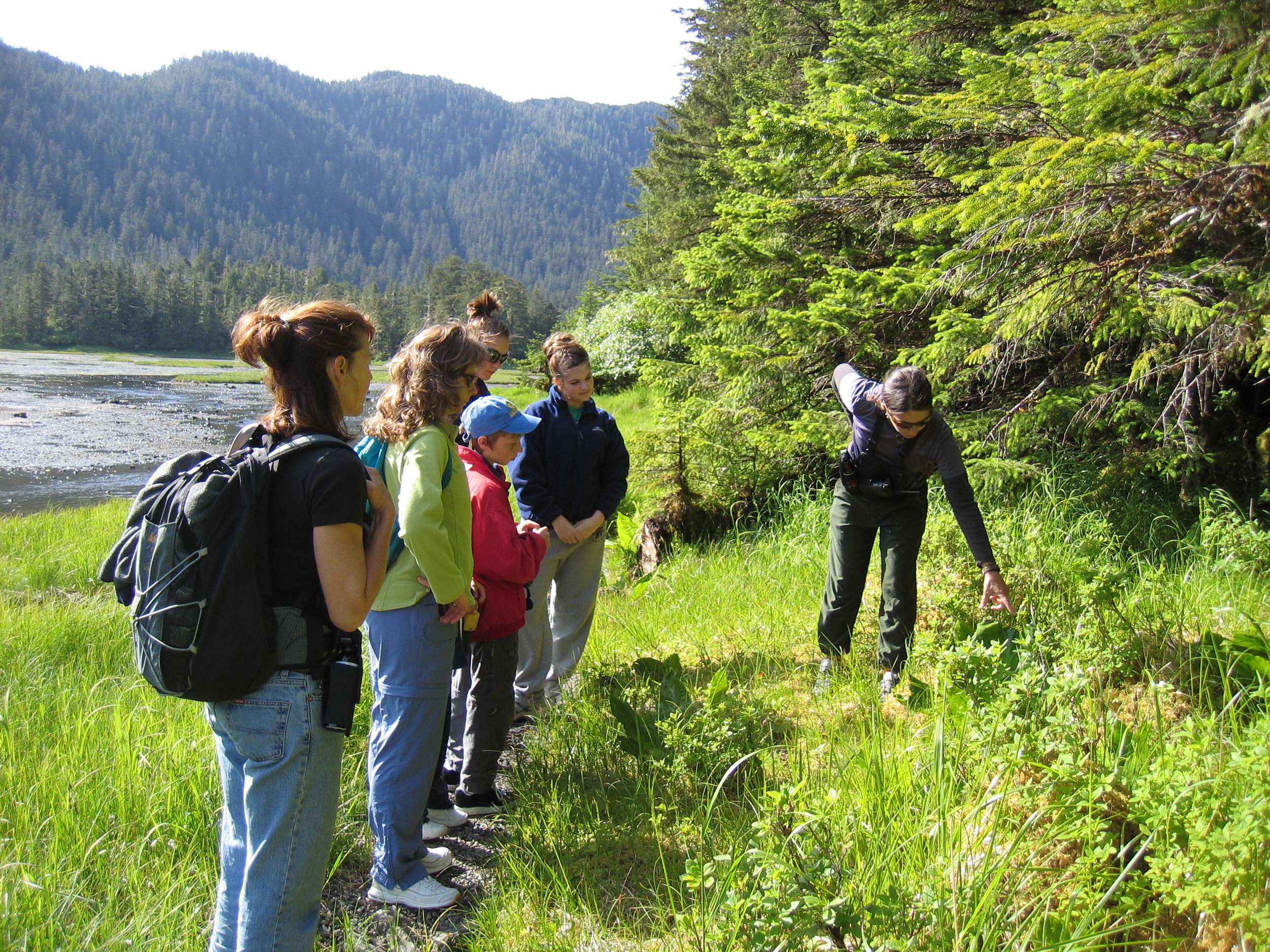Nature walks with naturalist guides