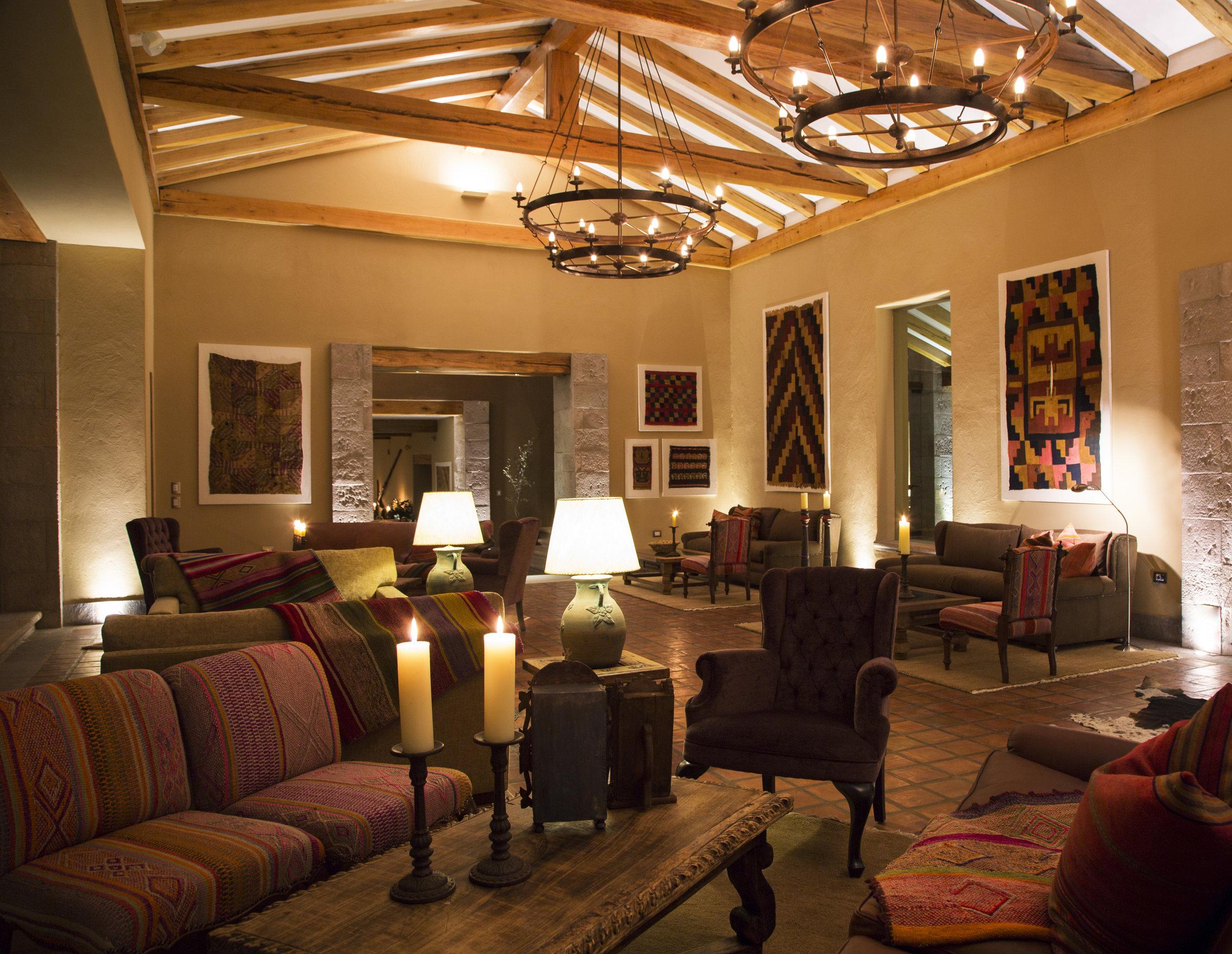 Hacienda Urubamba lounge