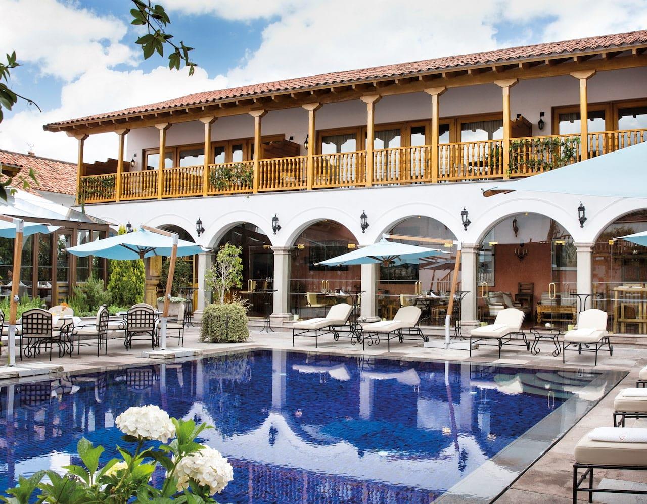 Palacio Nazarenas pool
