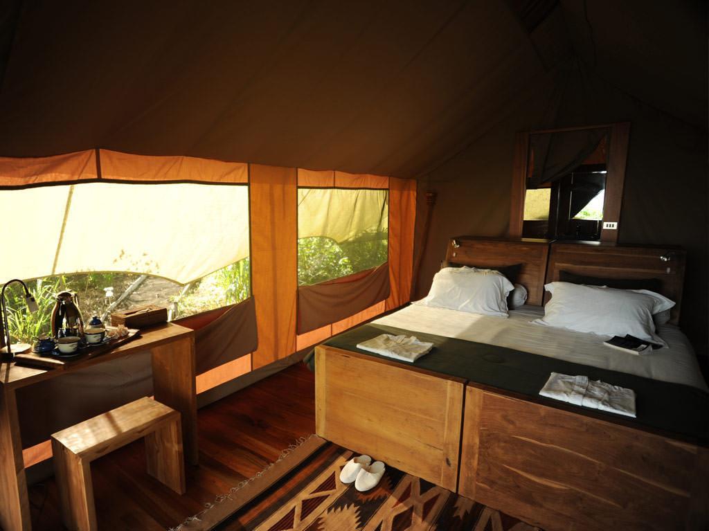 tent-interior-gsc.jpg