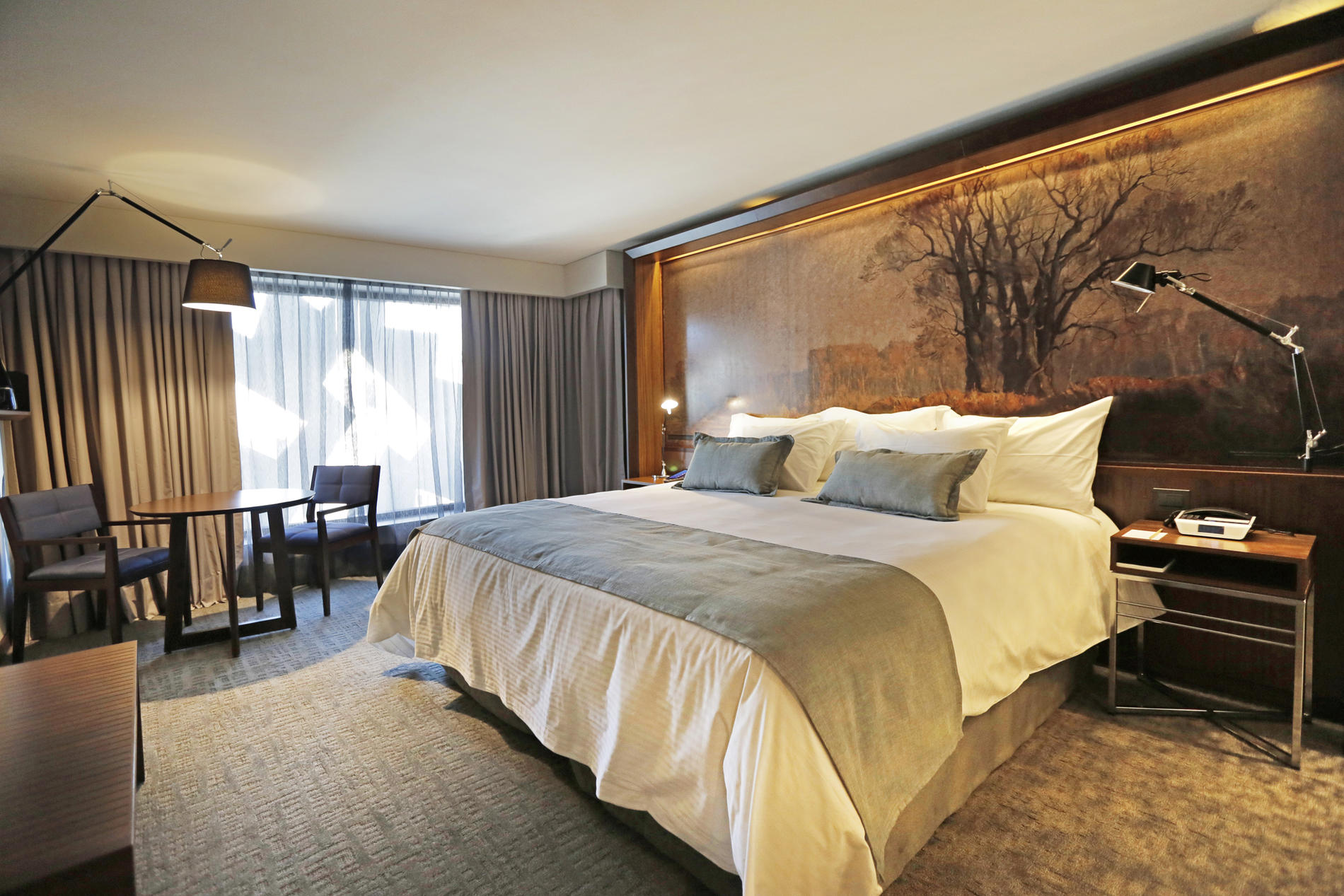 guestroom-deluxe-double.jpg