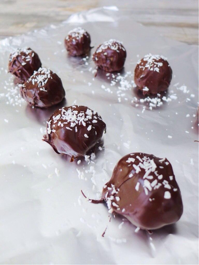 chocolatecoveredediblecookiedoughbites.jpg