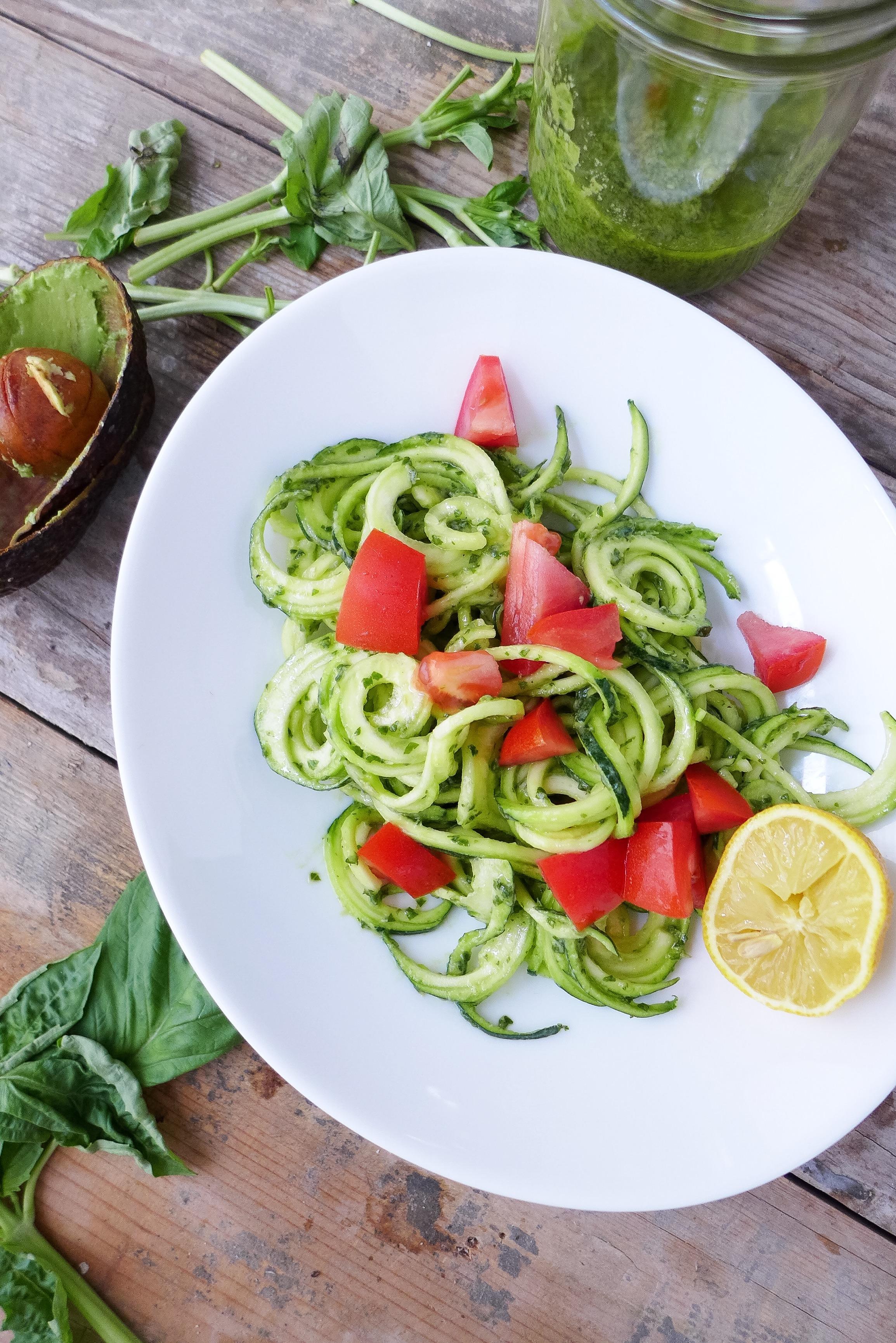 best-vegan-avocado-pesto-sauce.jpg