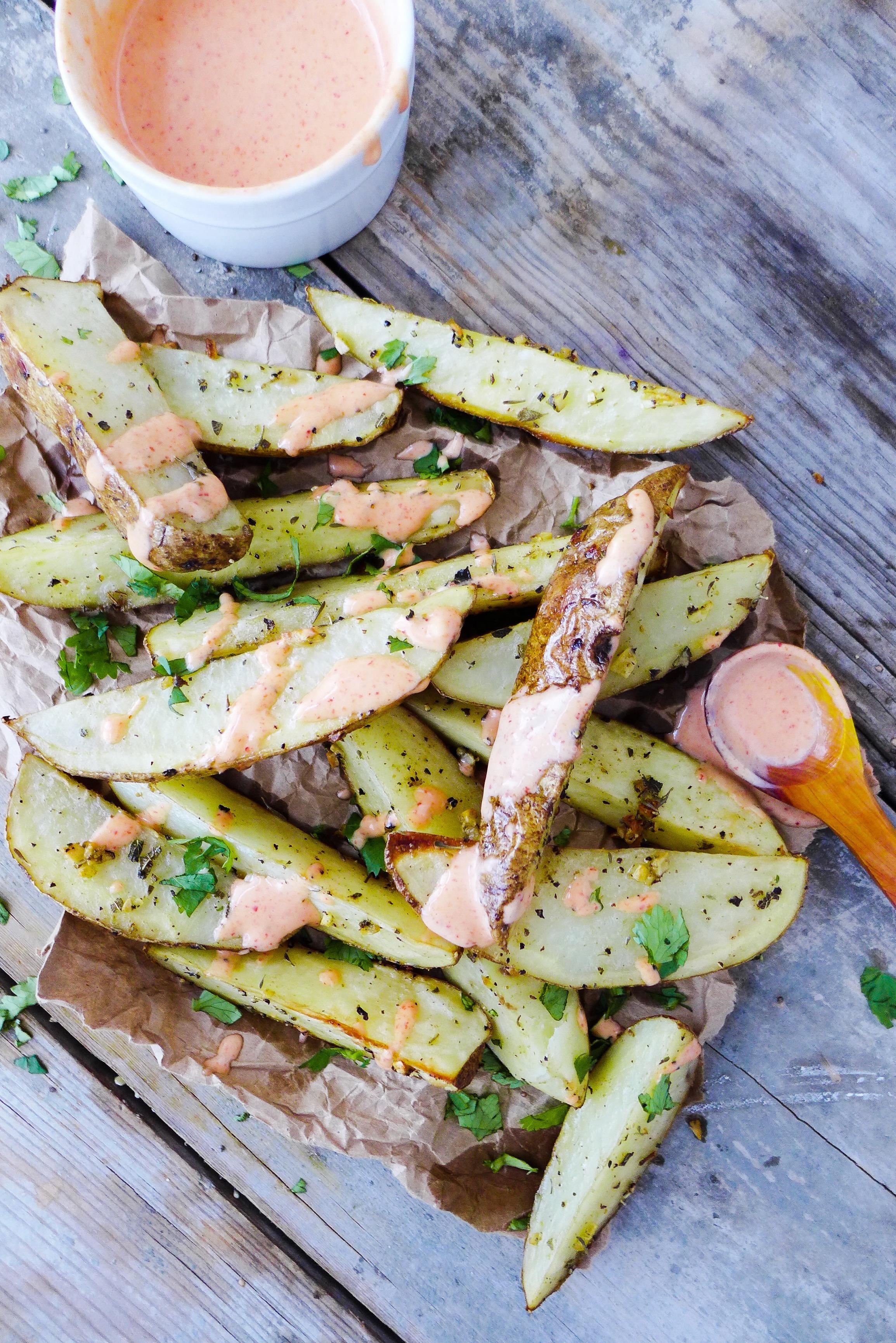 garlic-herb-potato-wedges-chipotle-dipping-sauce.jpg