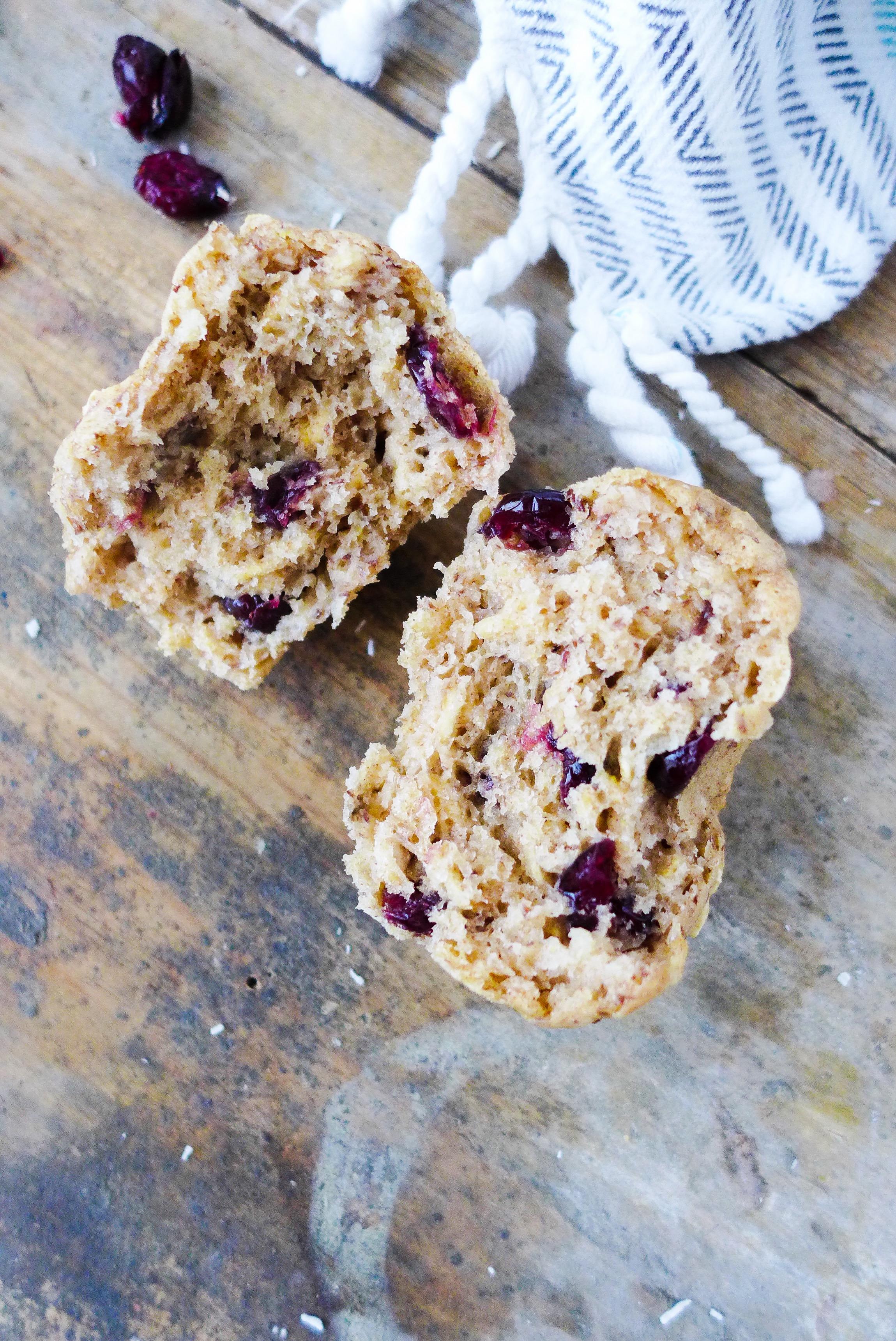 banana-cranberry-breakfast-muffins-vegan.jpg
