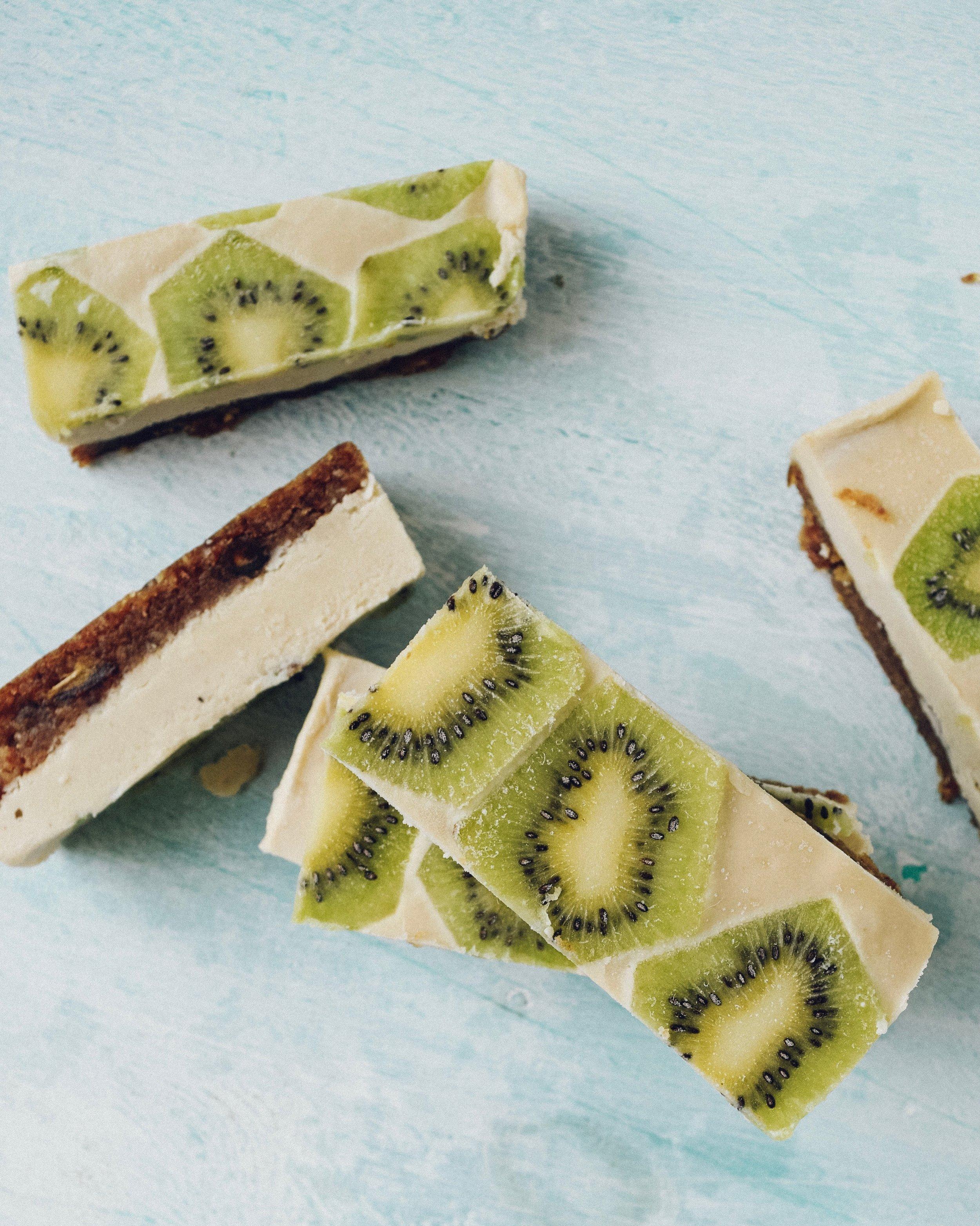 key-lime-pie-cheesecake-bars-vegan.jpg