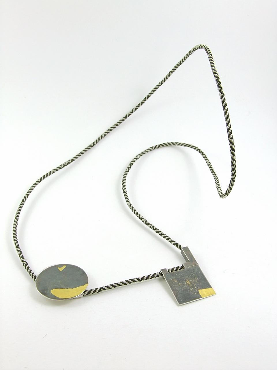 HBM0043A