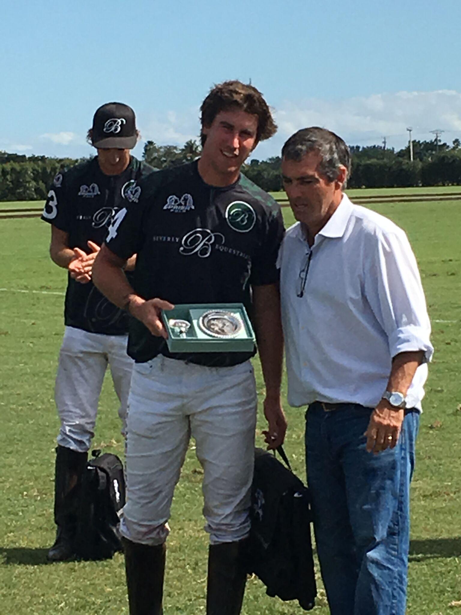 MVP Juan Martin Obregon with presente.jpeg