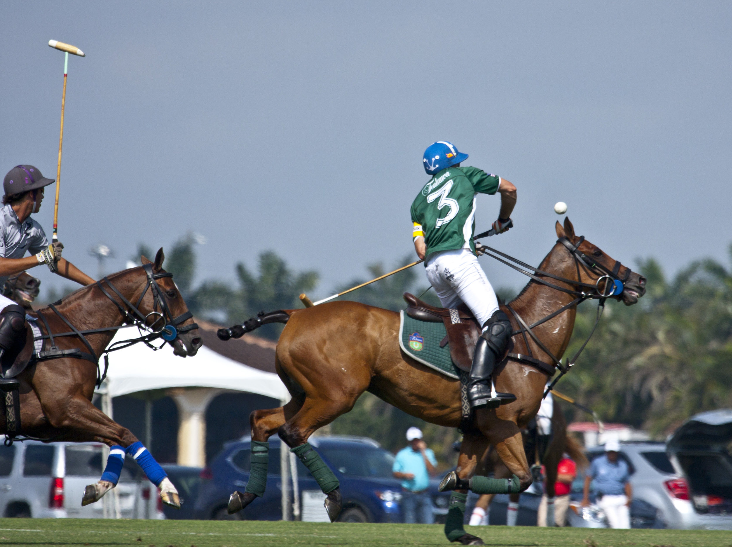 Sapo Caset of Tonkawa works the ball out of the air
