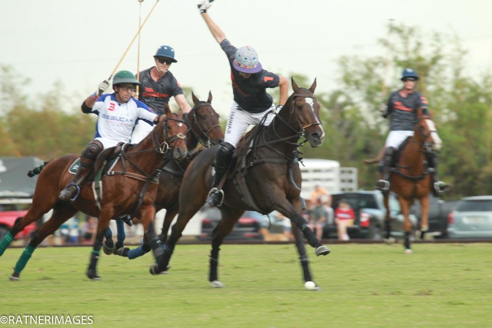 Mariano Gracida of Casablanca goes fo.jpg
