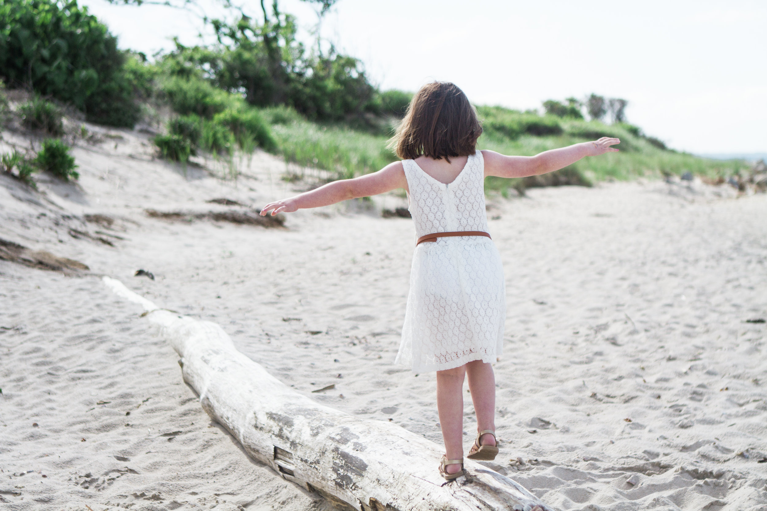 Spring Family Beach Session at Harkness Memorial State Park Waterford Connecticut Coastal New England Shannon Sorensen Photography