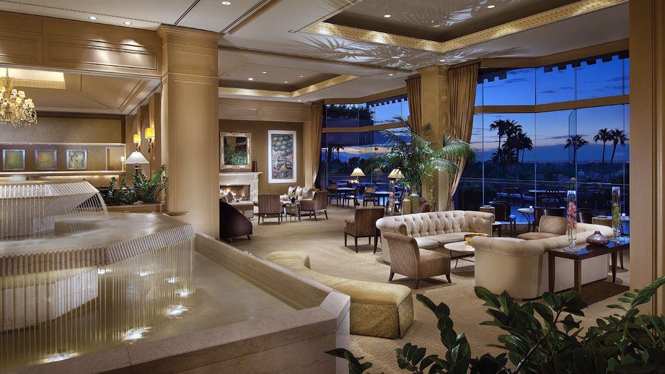 Lobby, The Phoenician