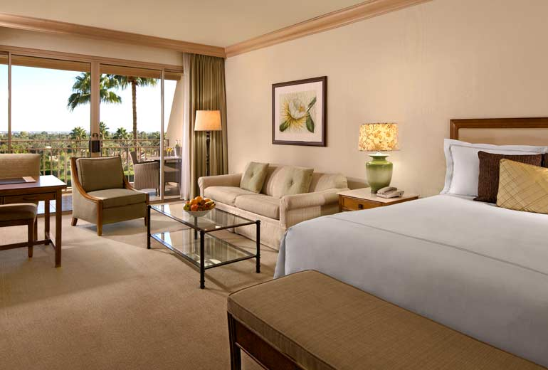 Grand Deluxe Guest Room, The Phoenician