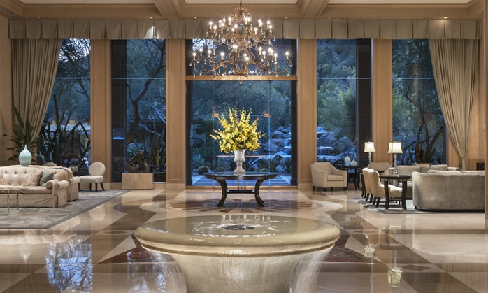 Private Lobby, Canyon Suites
