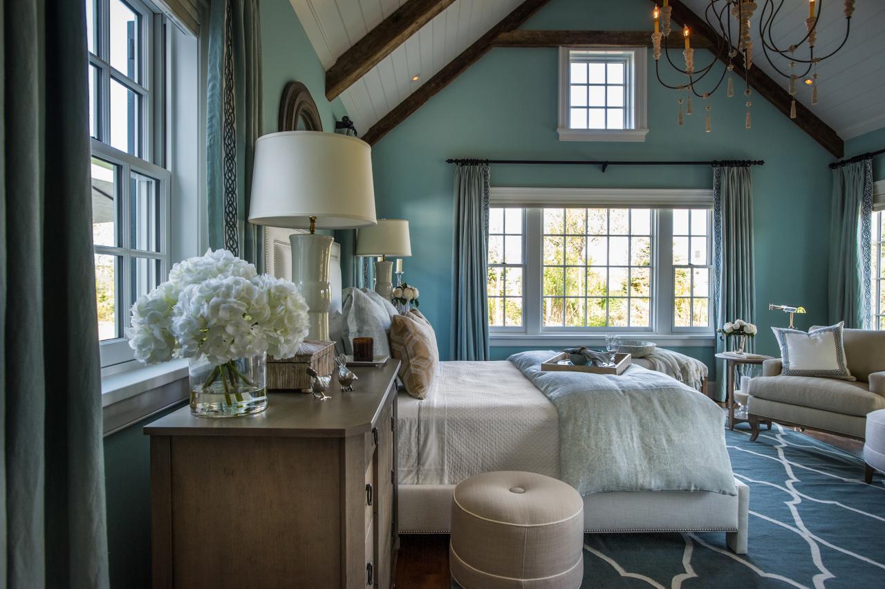 dh2015_master-bedroom_white-upholstered-bed-blue-area-rug_h.jpg.rend.hgtvcom.1280.853.jpeg