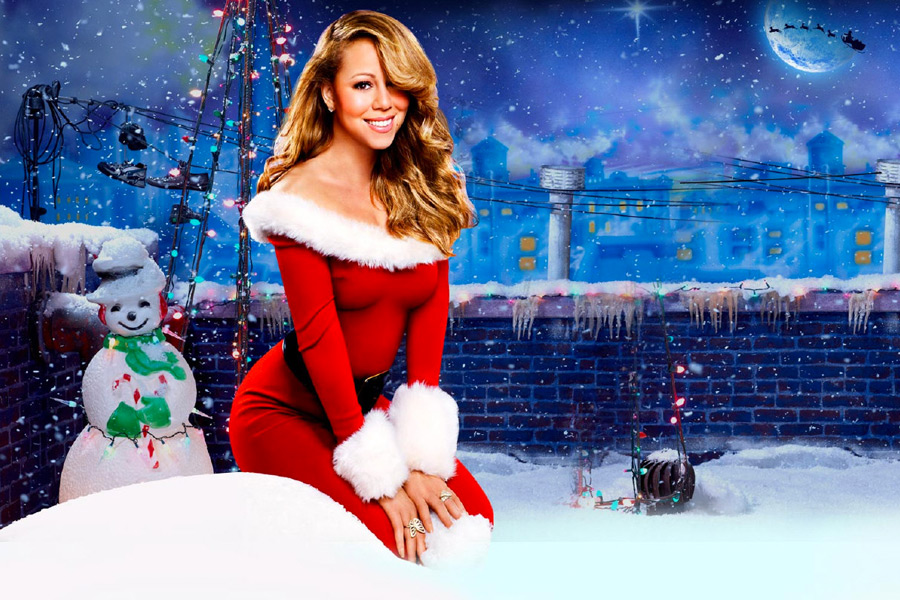 THE QUEEN OF CHRISTMAS