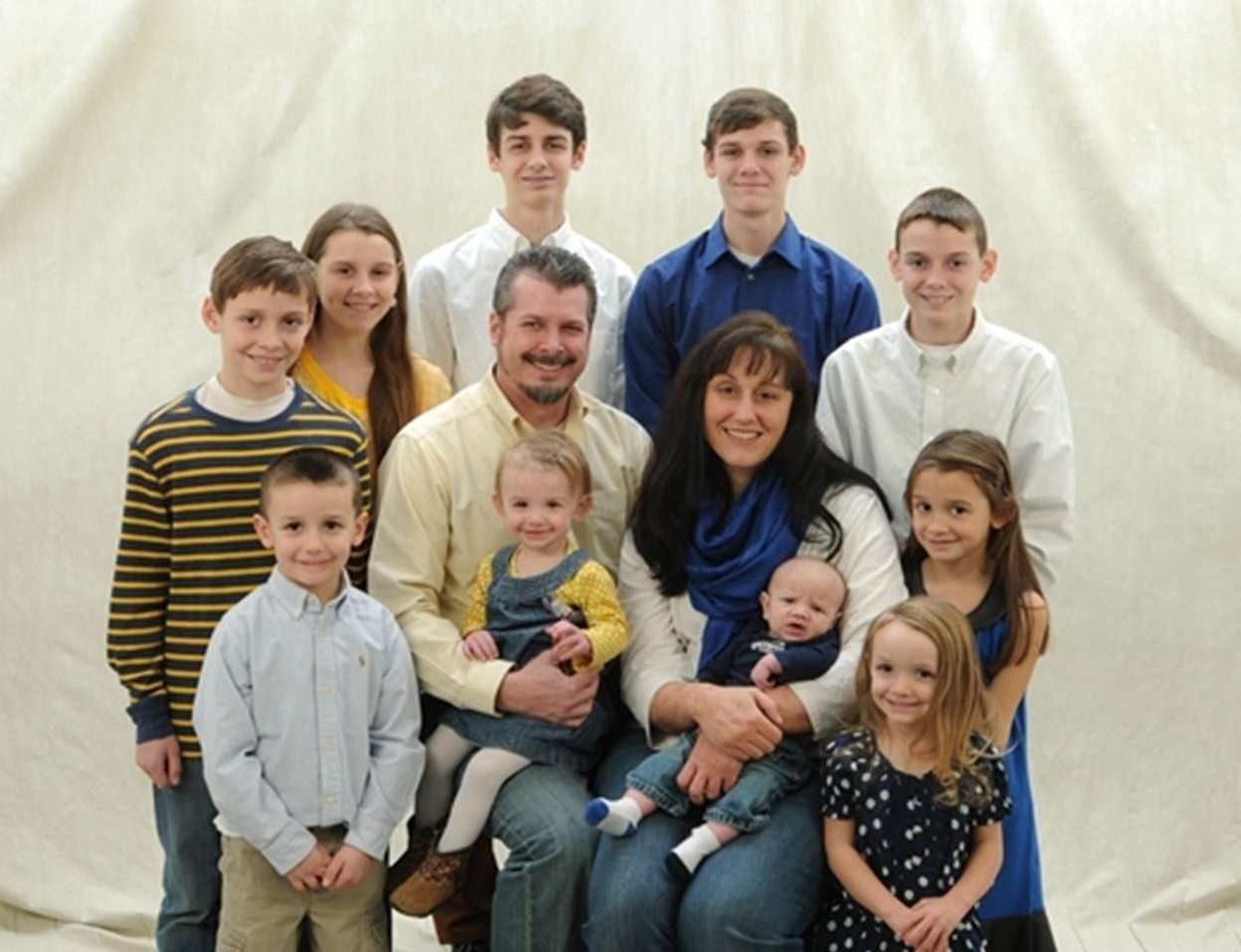 From oldest to youngest: Luke, Ty, Gabe, Amelia, Jack, Britta, Drew, Piper, Willow, Ezra