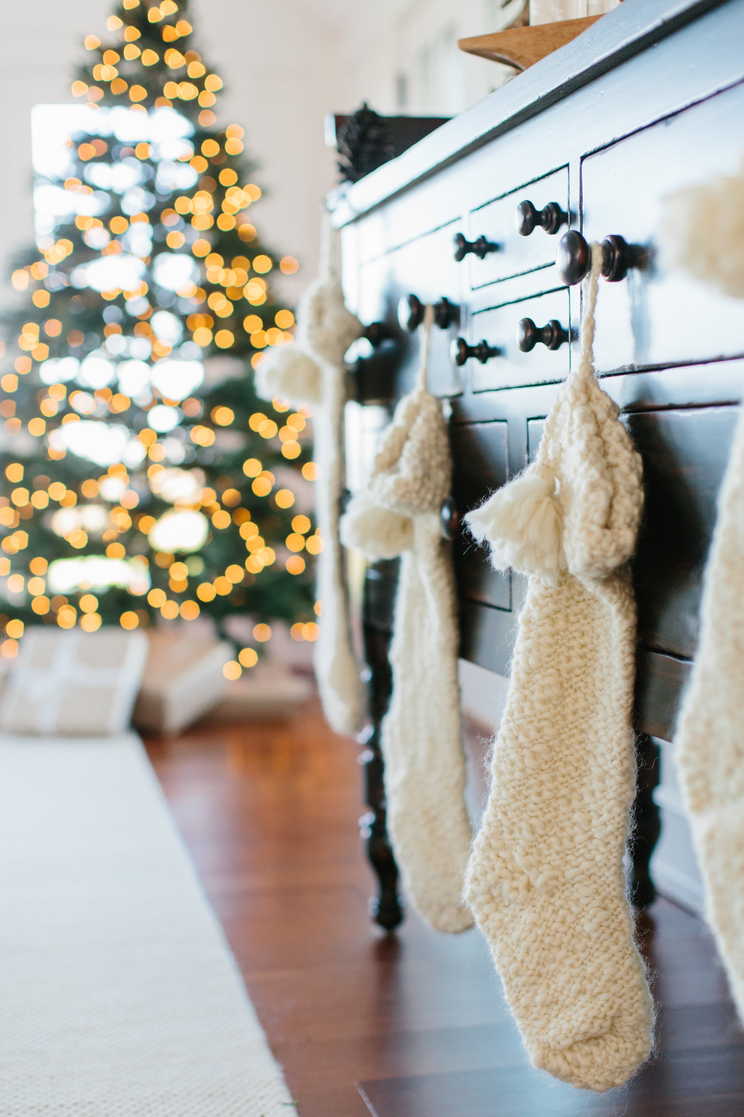 New England and Nantucket Inspired Holiday Decorating