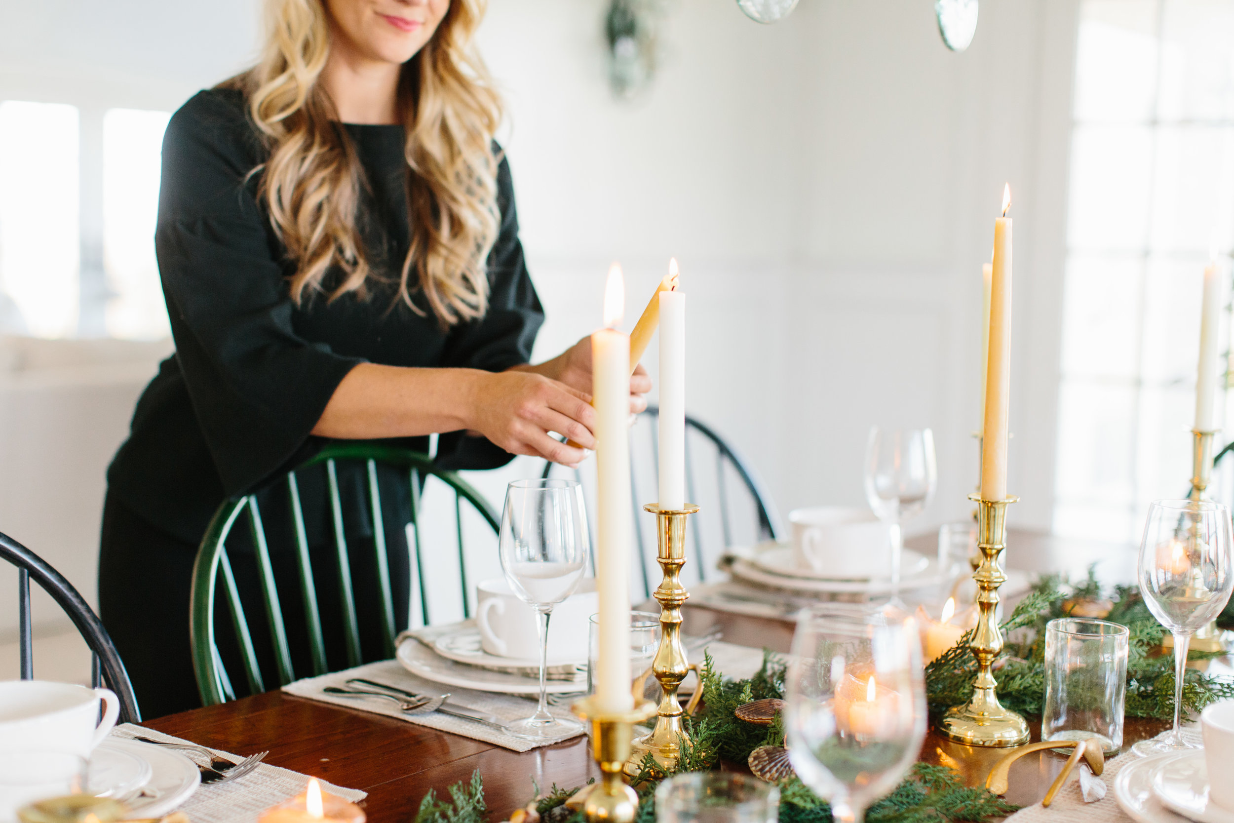 New England, Coastal and Nantucket Inspired Holiday Table