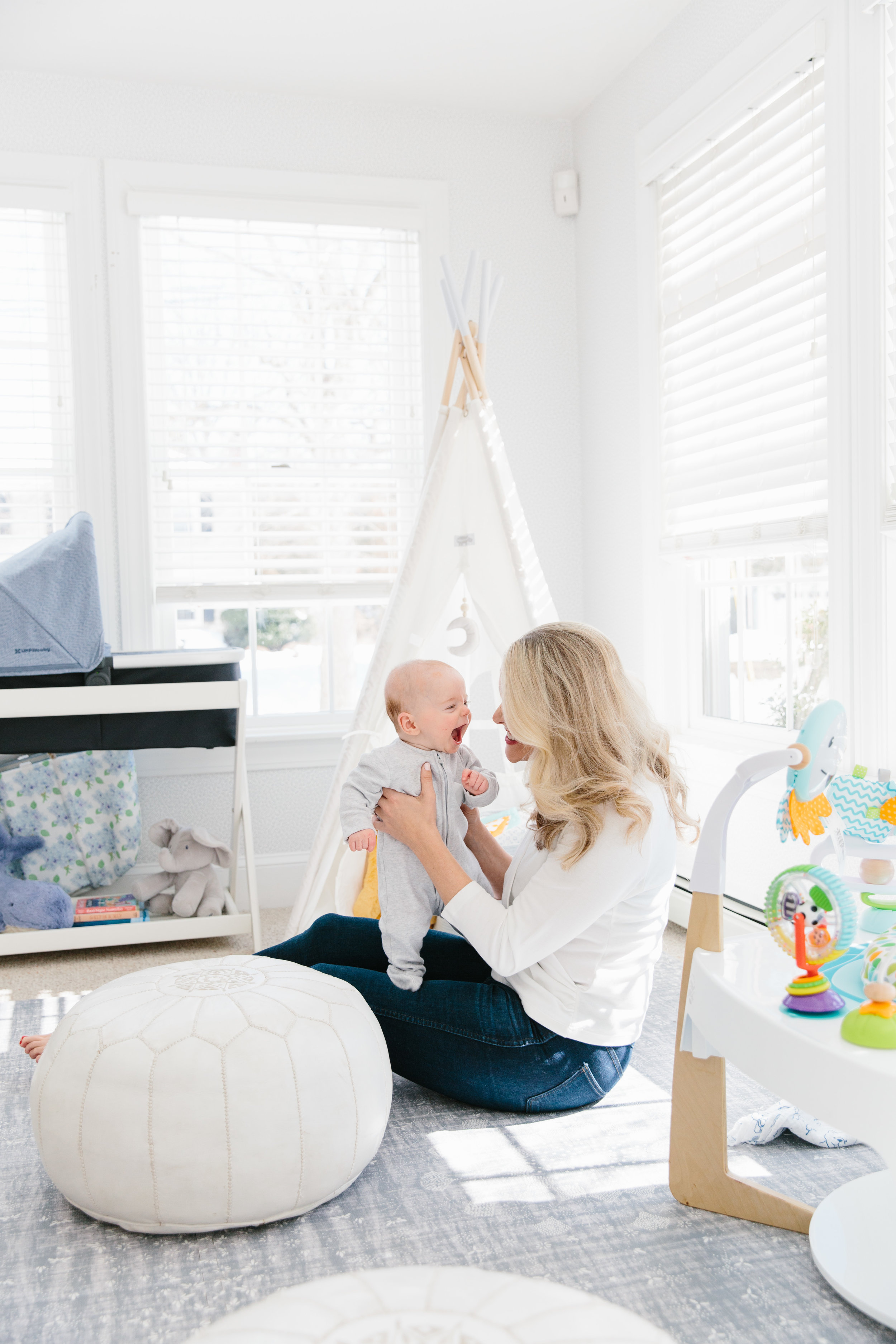 Essential newborn and baby gear birth to 4 months from Abby Capalbo | Photography: Erin McGinn