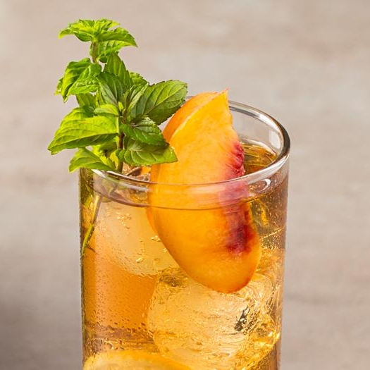 bourbon peach tea.jpg