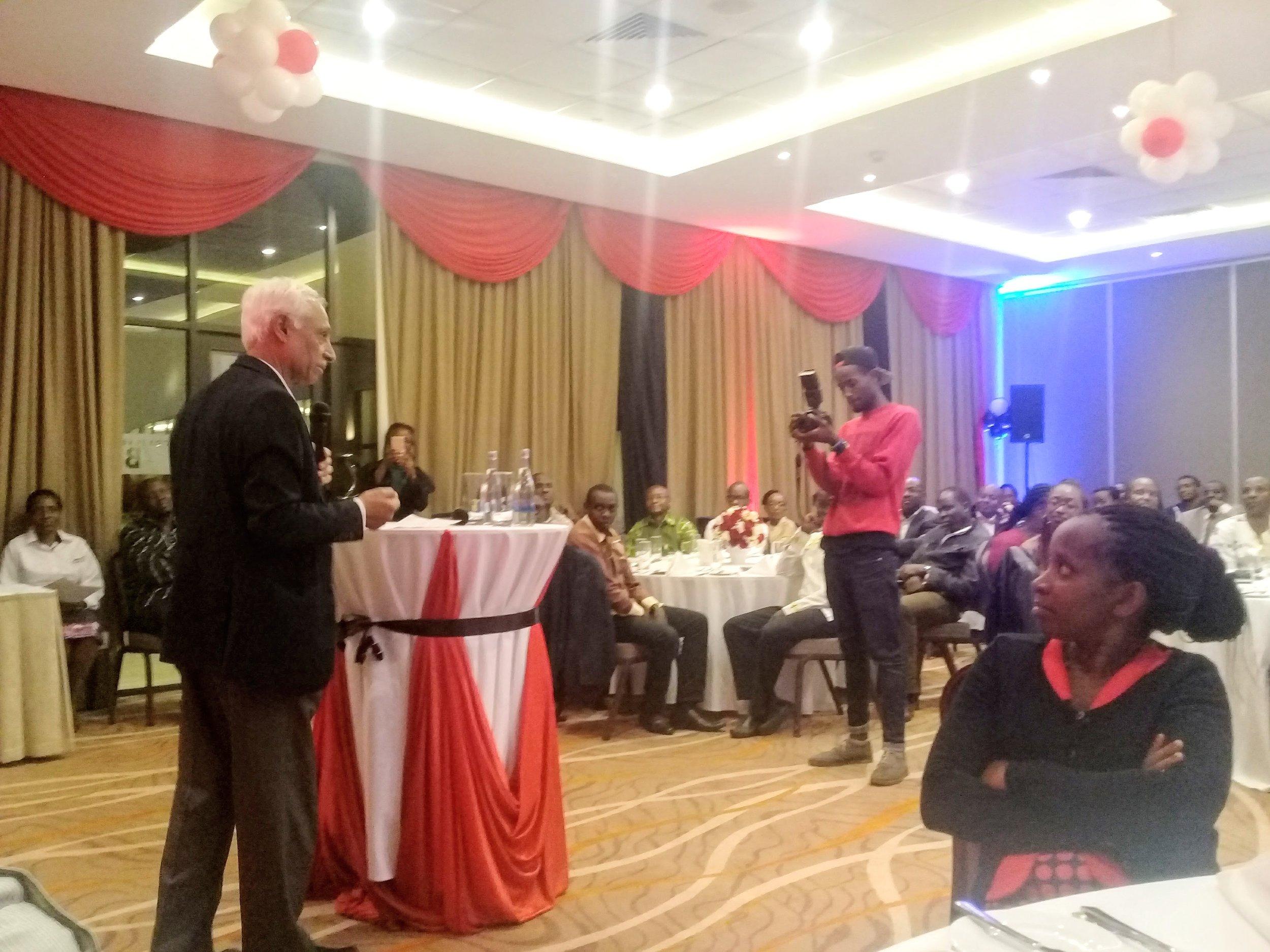 Prof. Pankaj Jani, COSECSA, gives closing remarks