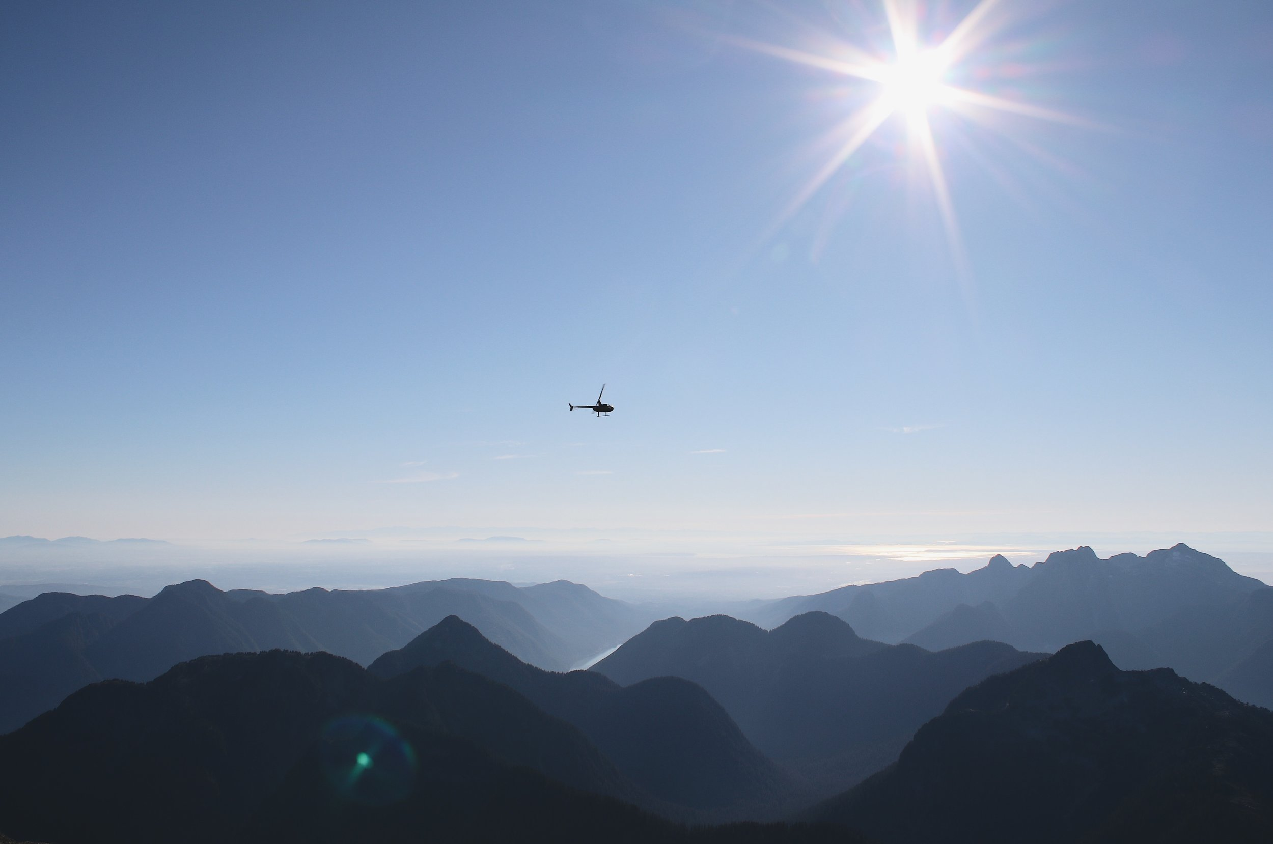 I got dropped off on the top of Mount Robie Reid and watched as my brother flew laps around me in an R44. Nothing but gorgeous peaks and valleys stretched out in every direction.. Hands down one of the coolest moments of my life.