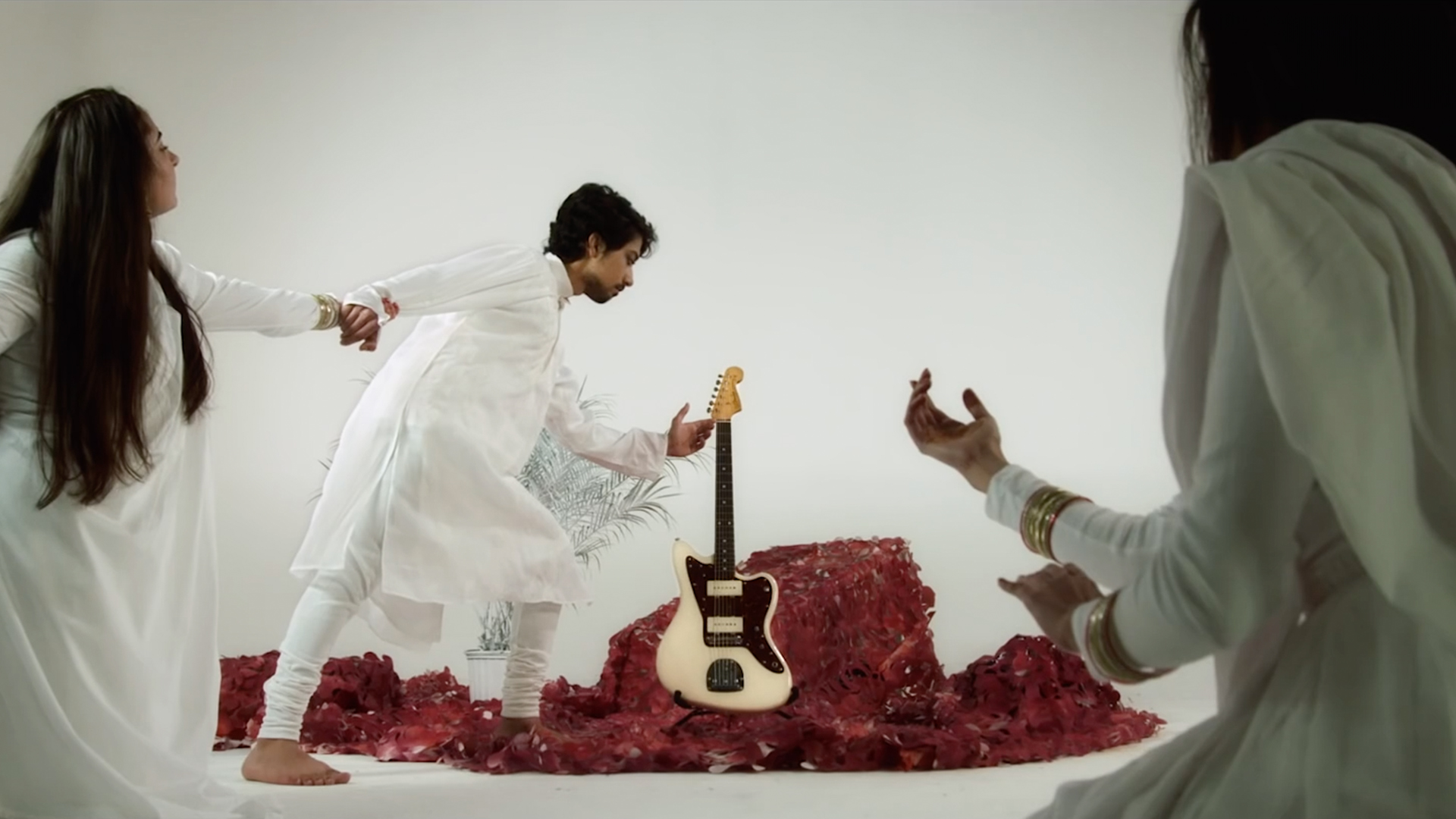 <b>FOR LOVE, FROM THE LAW</b> | Humeysha<br>Music Video