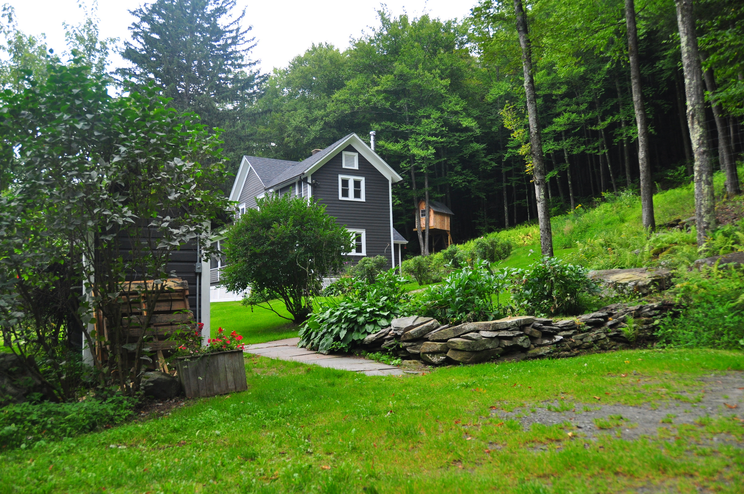 Sprucewood_driveway.JPG