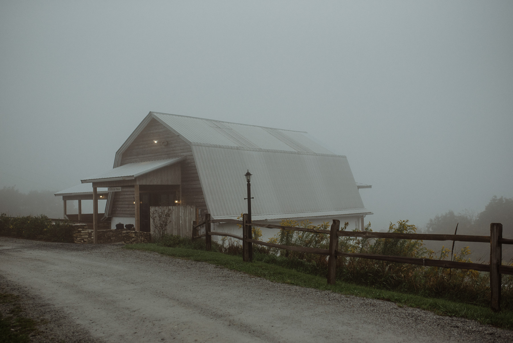 enowen-wedding-photography-overlook-barn-hurricane-wedding