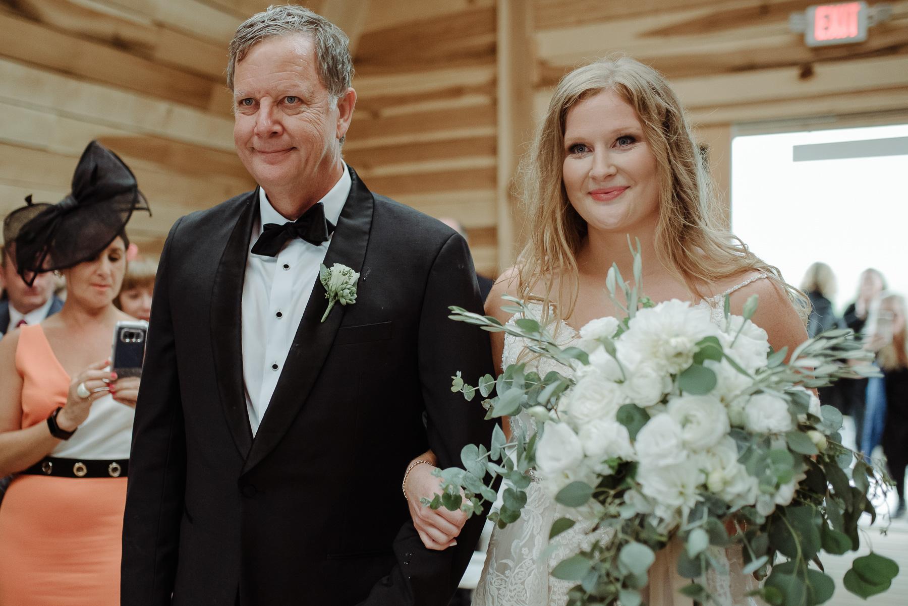 Enowen-wedding-Photography-Lyndly-Liam-overlook-barn-244.jpg