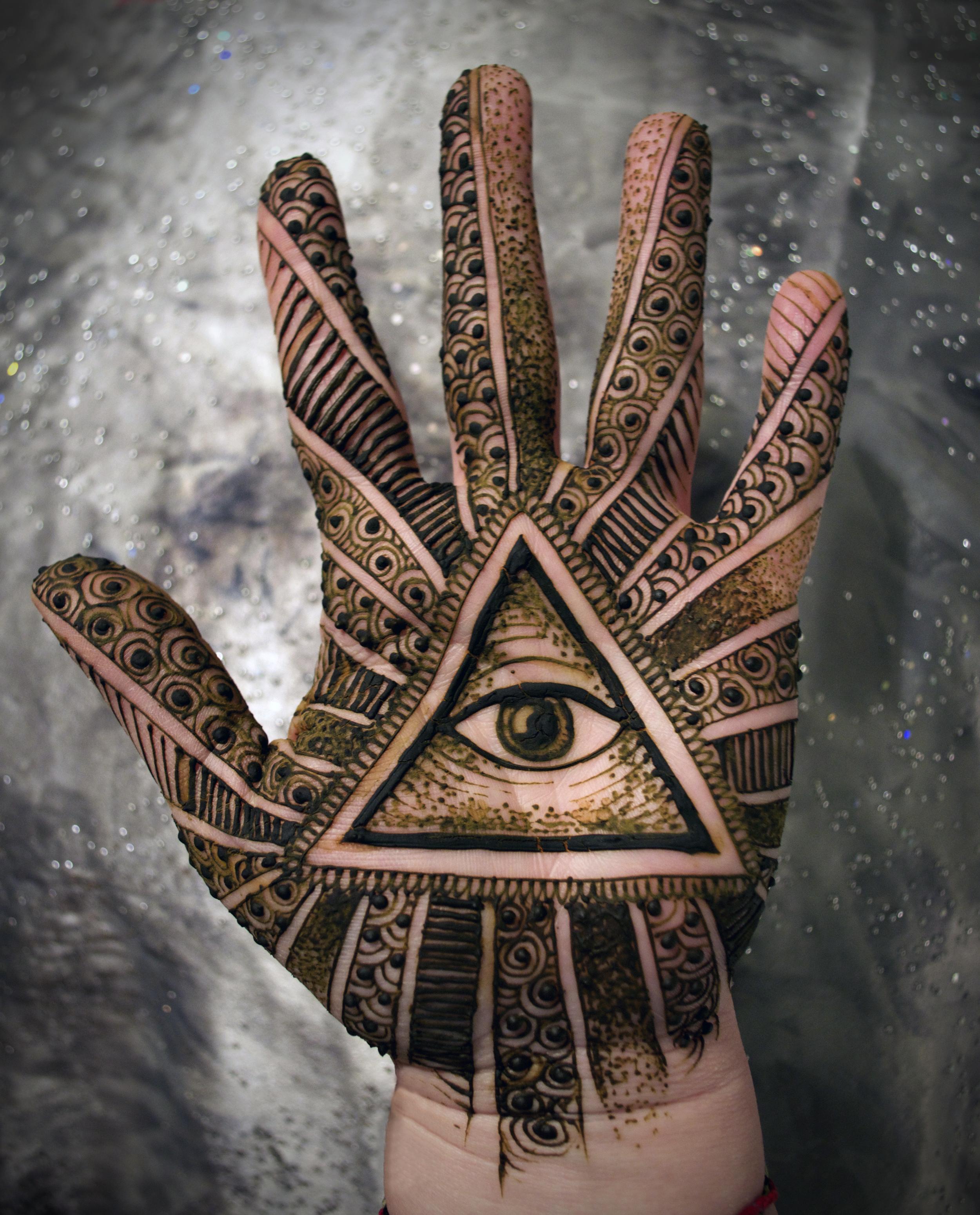 illuminati_henna.jpg
