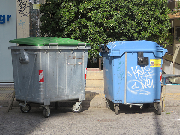 garbage_cans_athens