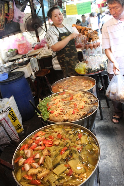 Food street in Chinatown