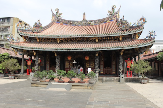 The main hall of the Bao An Gong temple in Taipei