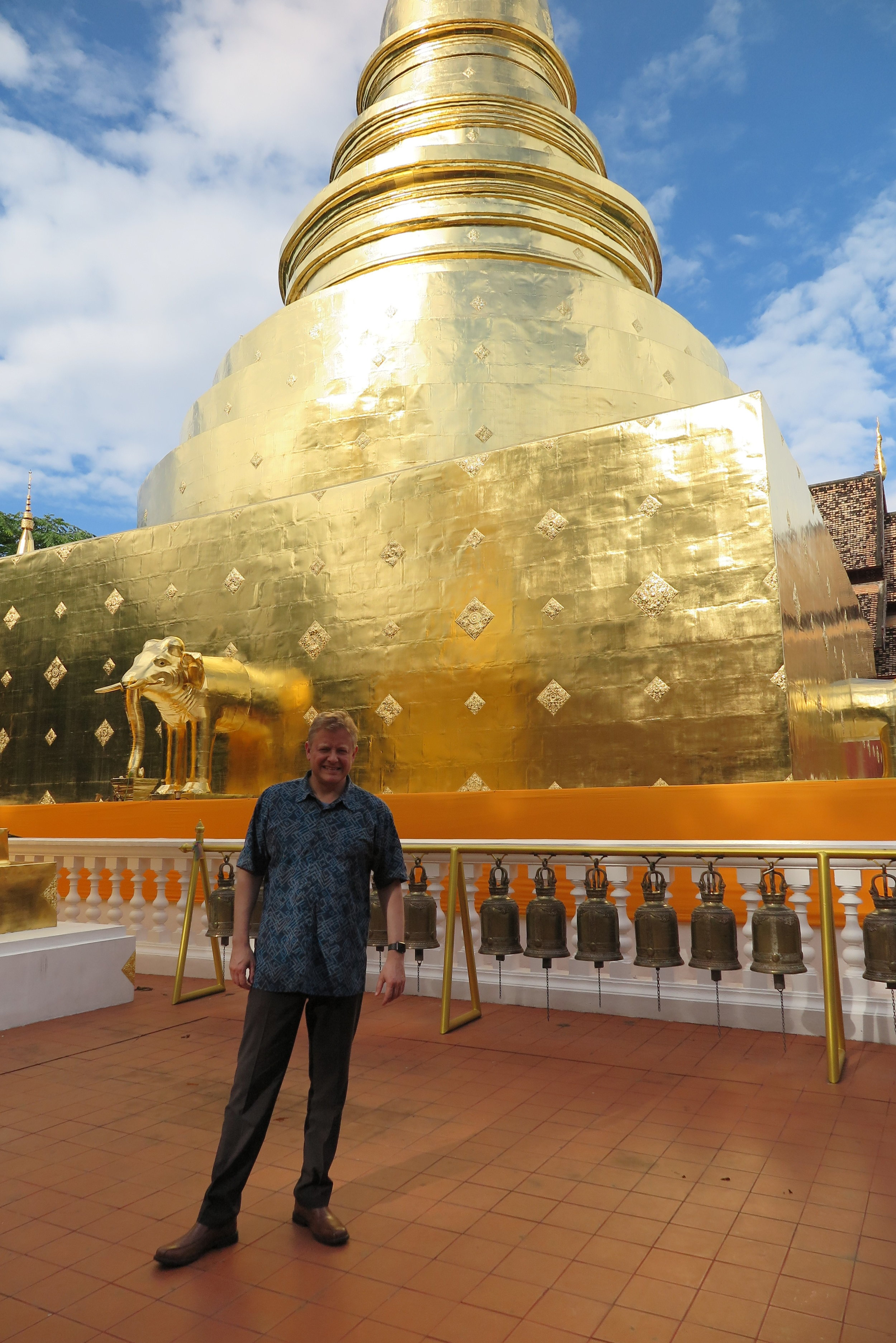Visiting a Buddhist temple in Chiang Mai, Thailand in 2017