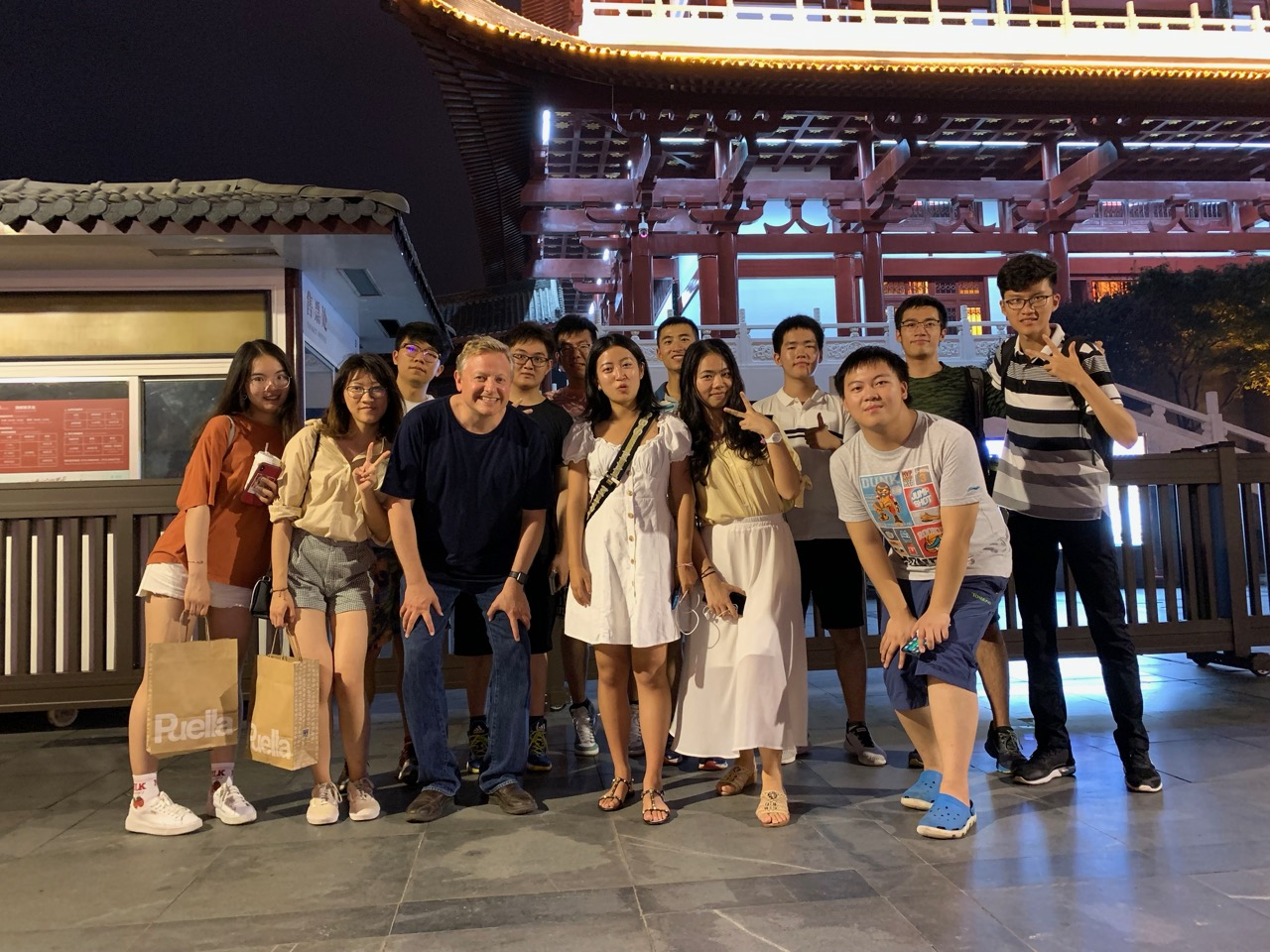 A brief nighttime riverside walk with some DKU students who were in Changsha for a special project. The young woman in the white dress in the center, Lisa Da, is a native of Changsha.