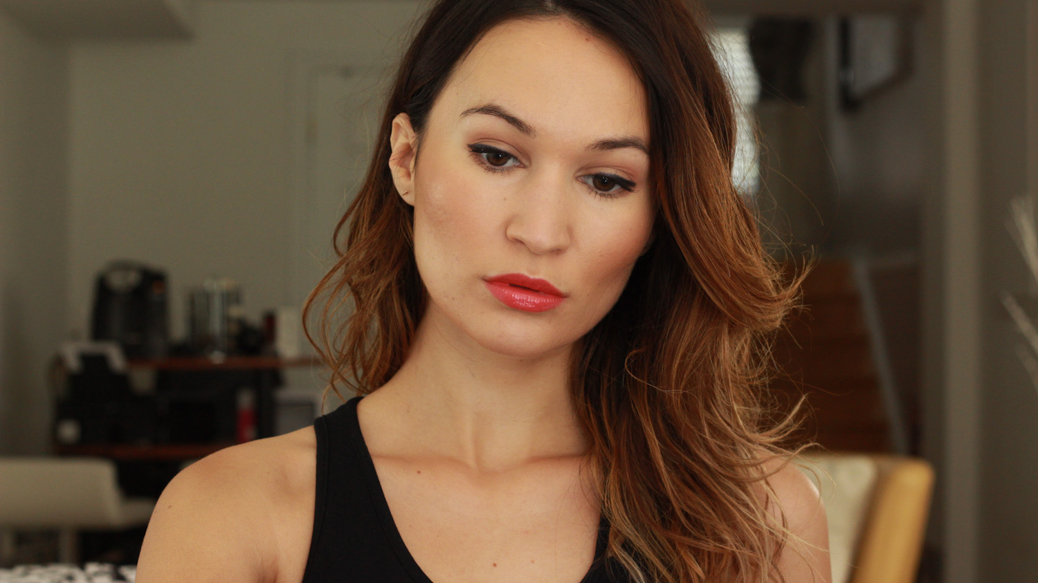 Daytime makeup with the Laura Mercier Artist's Palette