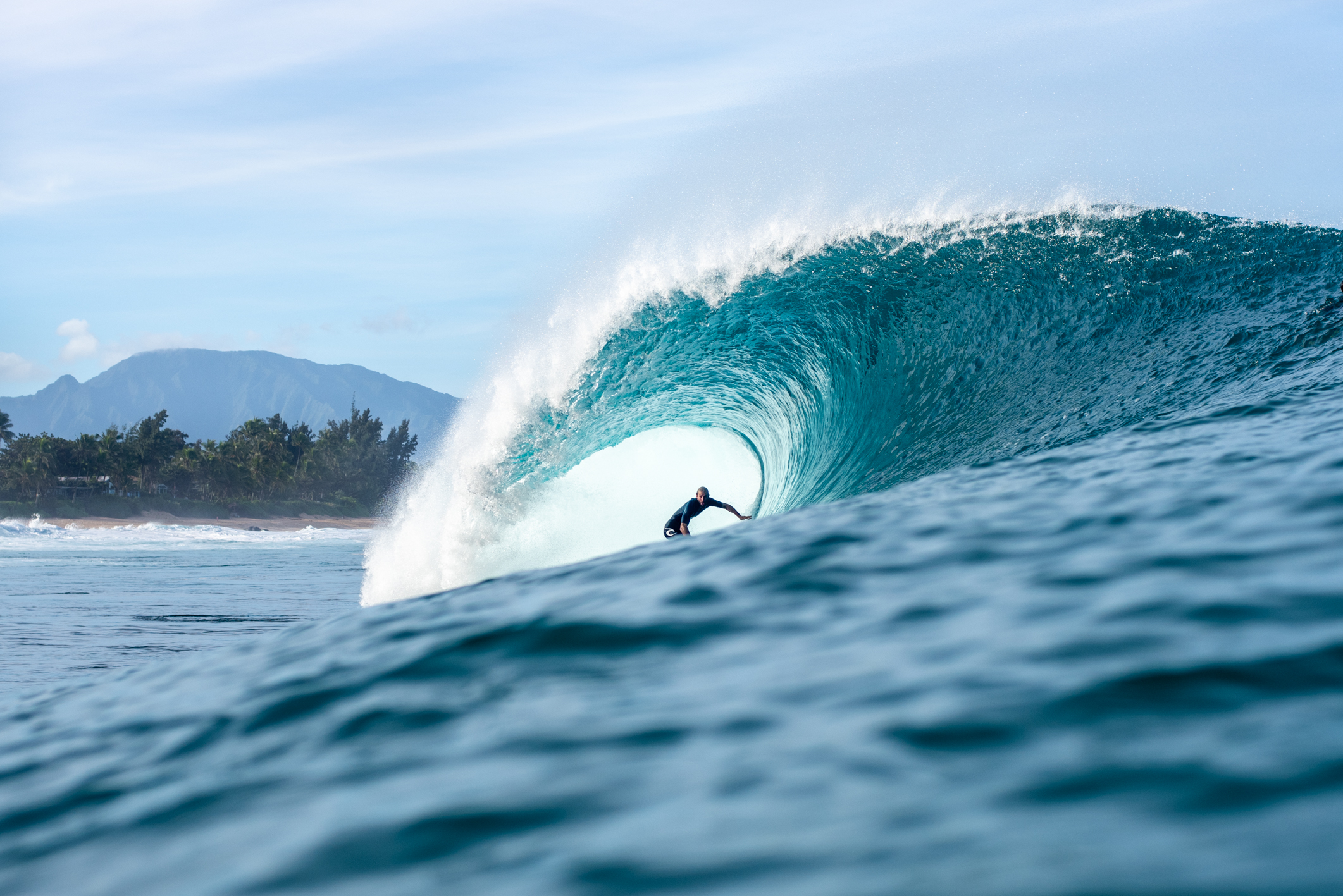 Owen Wright in some Pipeline perfection