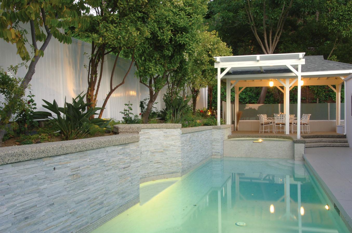 donasarita-pool.jpg