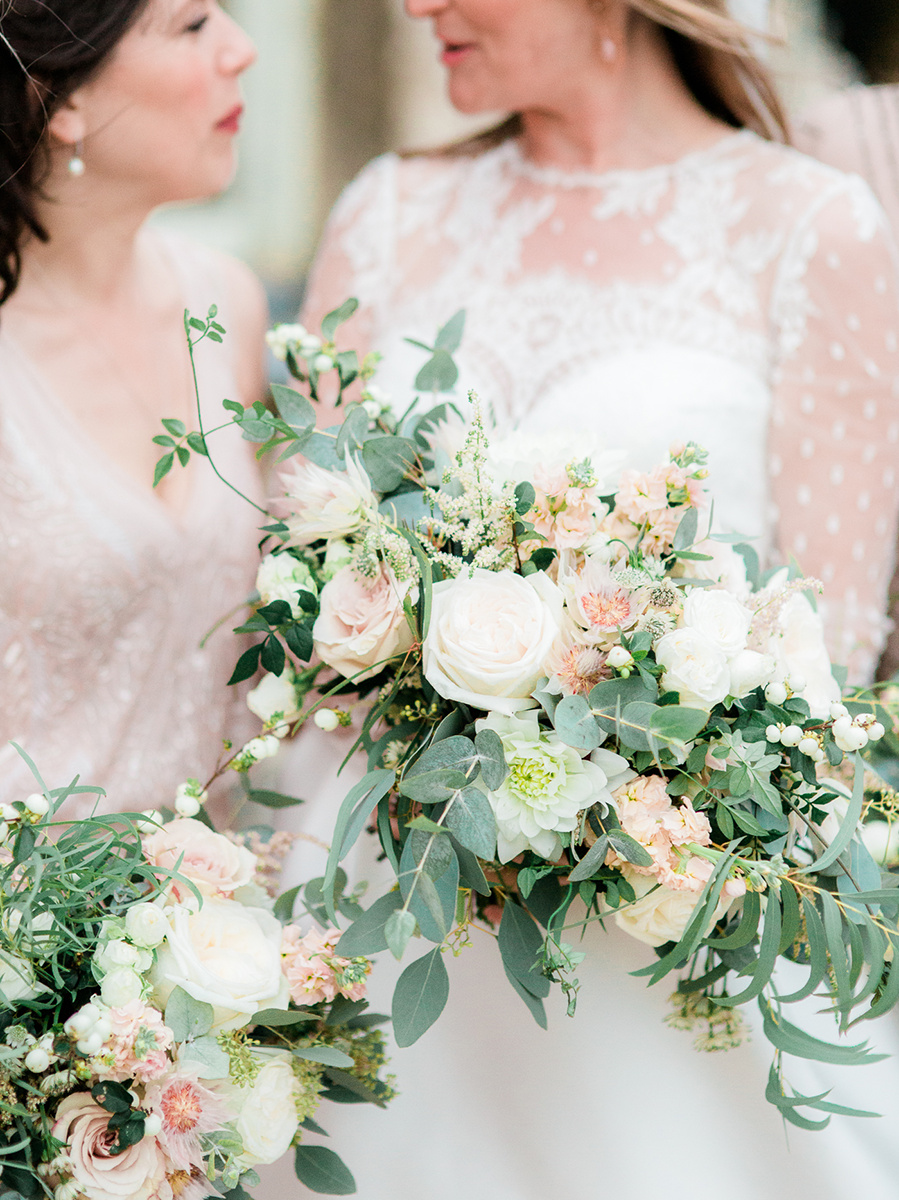 A Vanilla Rose Wedding at Aynhoe Park| Image by Kylee Yee Photography