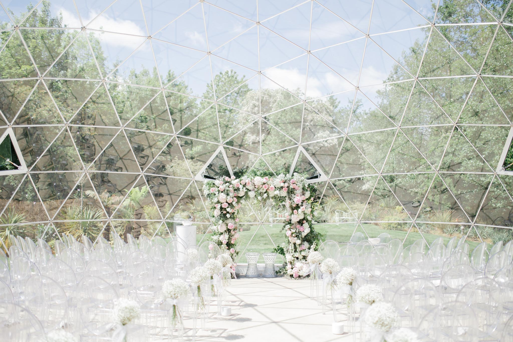 Geo Dome Kent Wedding by Vanilla Rose Weddings