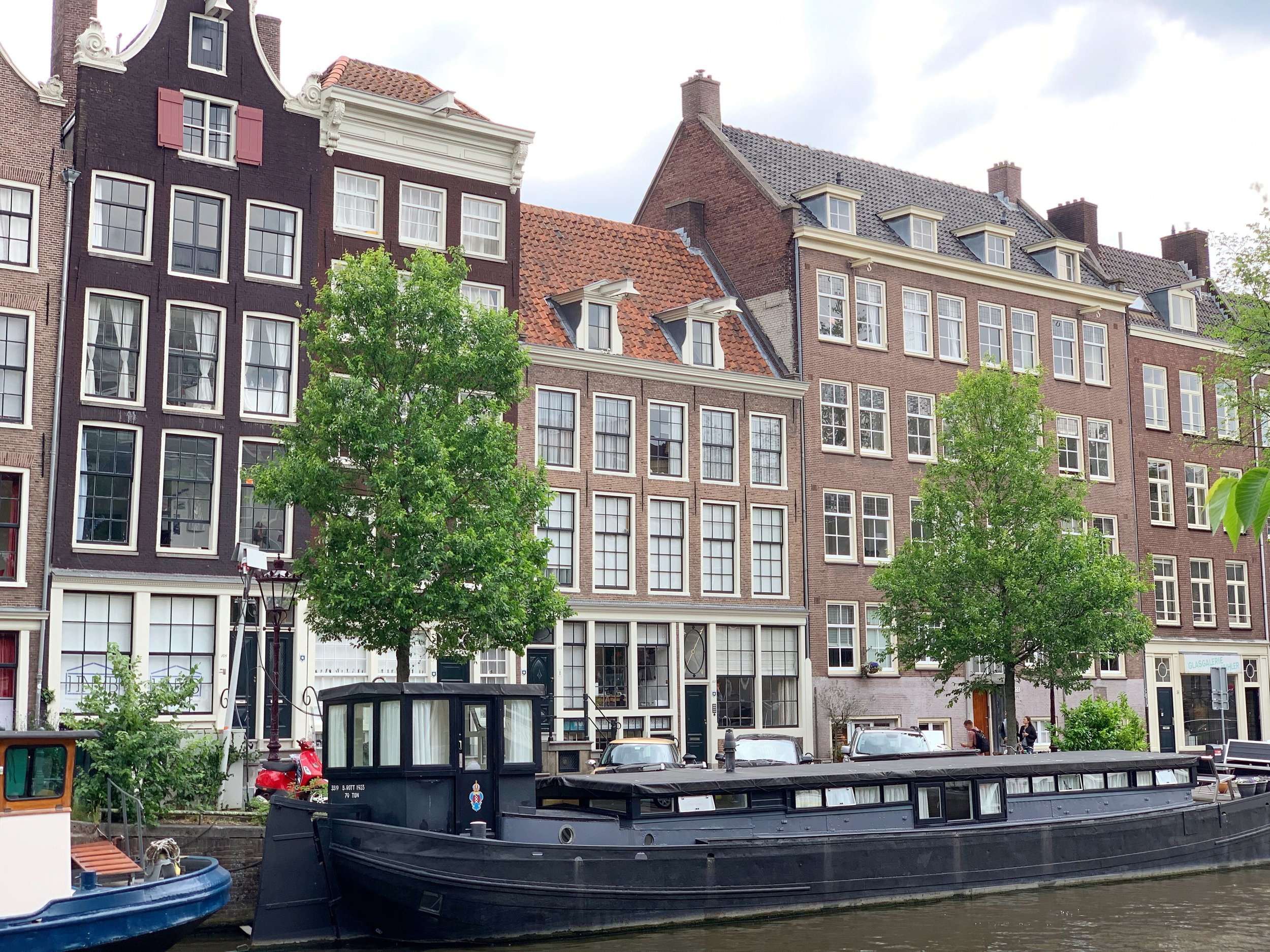 Amsterdam Canal Houses - Vanilla Rose Weddings Monthly Round Up
