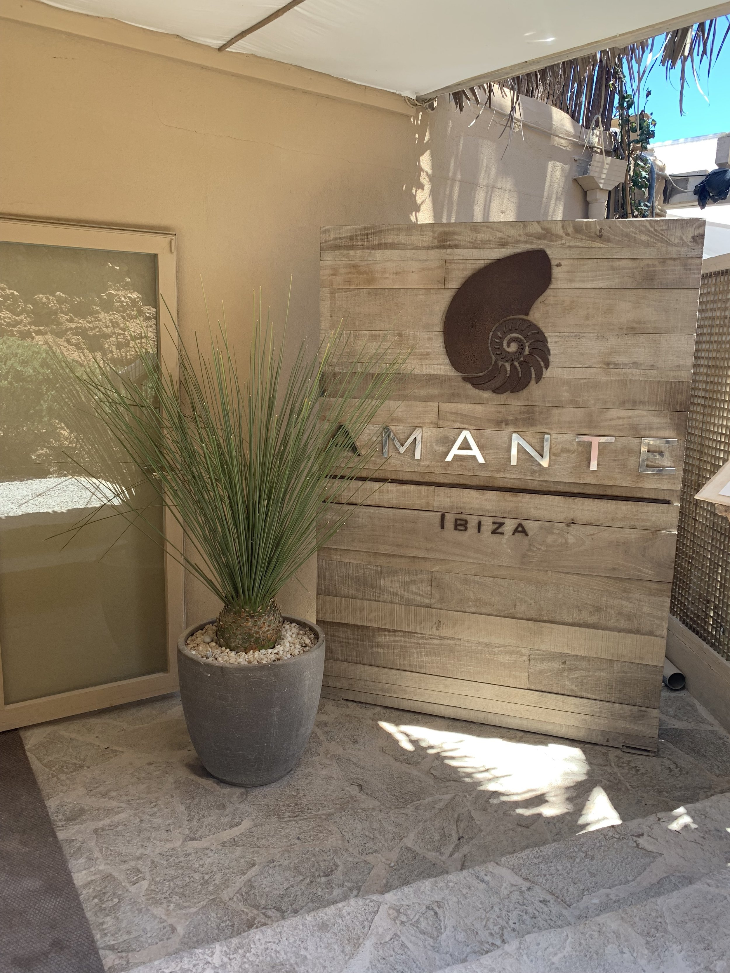 Amante Ibiza | Vanilla Rose Weddings Oxford Wedding Planner